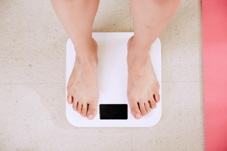 pierderea în greutate fără niciun motiv aparent seturi de ardere a grăsimilor
