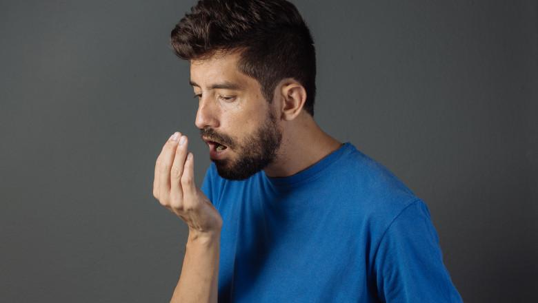 Pierdere în greutate simptome de respirație urât mirositoare