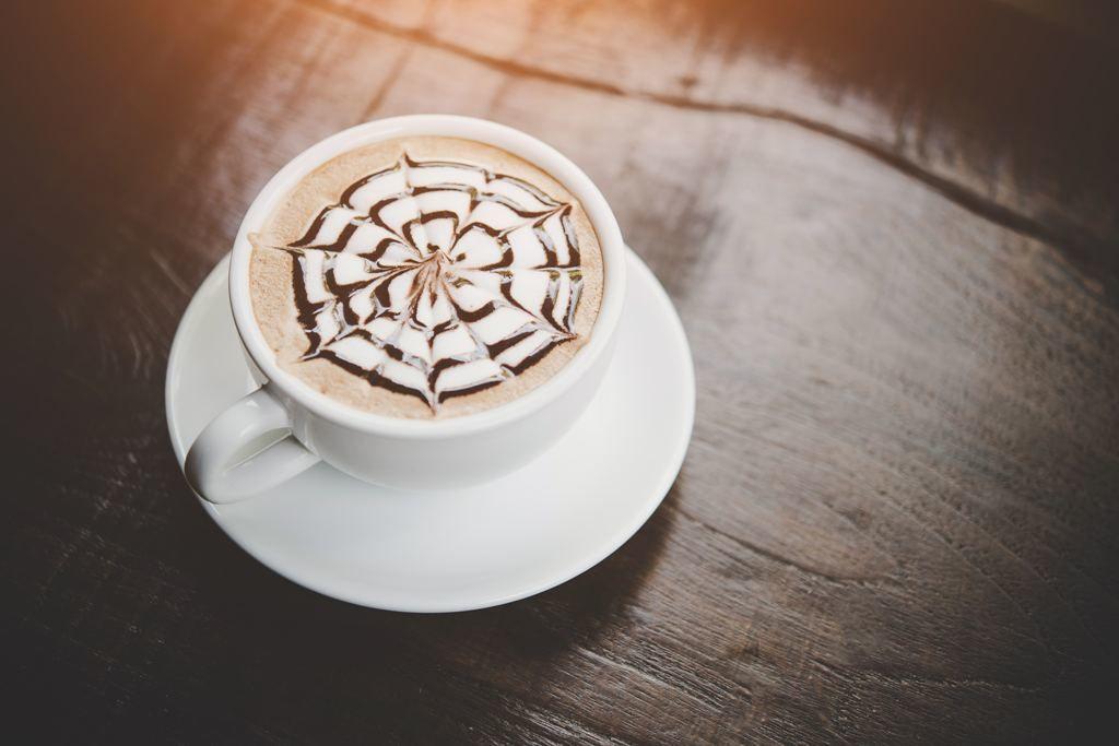 Una Peste Alta: Cafeaua