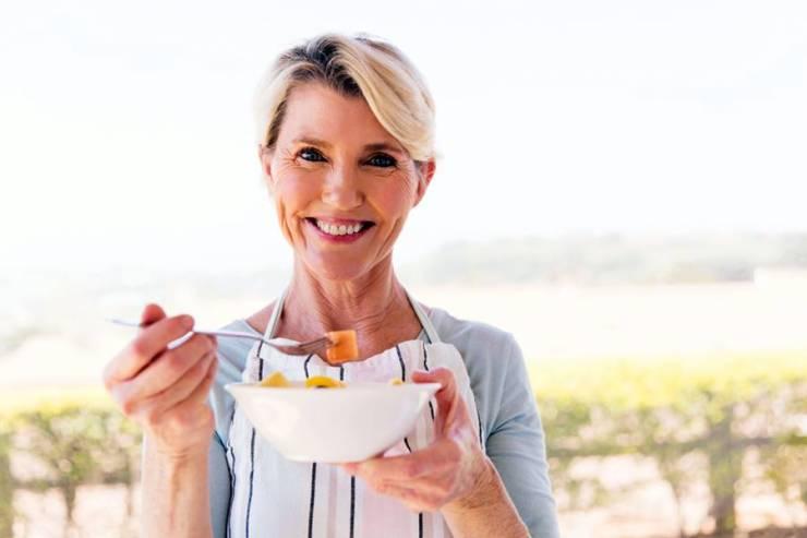 Opriți greutatea suplimentară! Ca o femeie poate pierde in greutate cu menopauza - Studiu