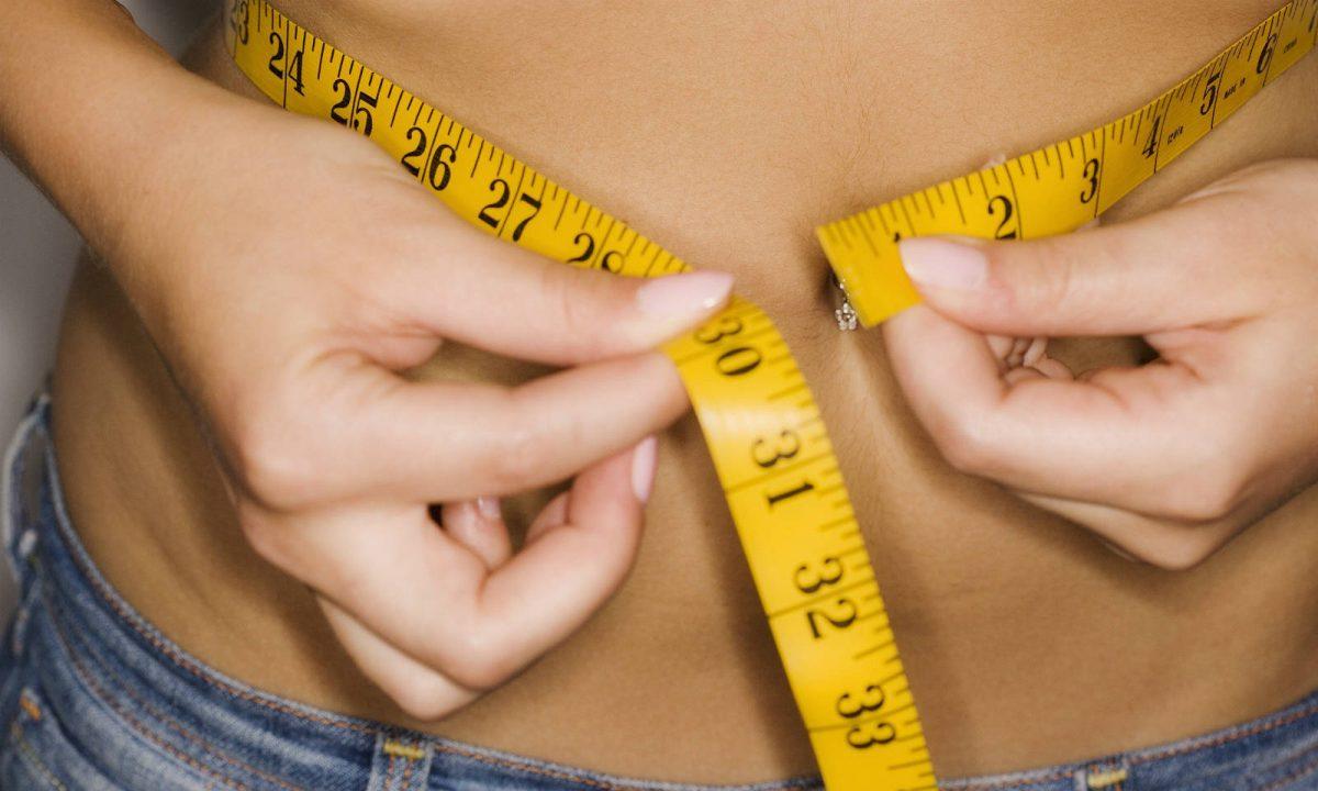 Femeia în vârstă de 55 de ani pierde în greutate