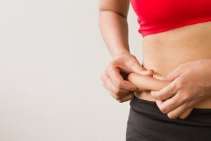 cum să pierzi grăsimea corporală din șolduri