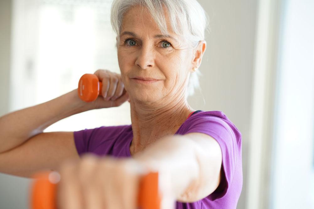 cum slăbești la 65 de ani Femeie în vârstă de 65 de ani și pierdere în greutate